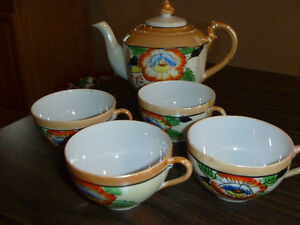 Collector Japanese Teapot and Teacups
