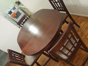 Dining table Kitchener / Waterloo Kitchener Area image 2