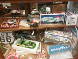 Nostalgia, oil tins, collectible cars, bottles + 600 booths  Cambridge Kitchener Area image 2