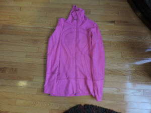 Lululemon Jacket (new)