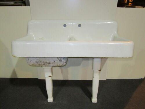 Vintage 1929 Standard Sanitary Mfg. farmhouse porcelain double basin bowl sink
