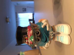 M and M collectables