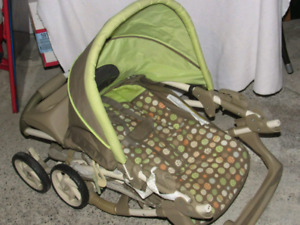 Graco Stroller with infant carrier