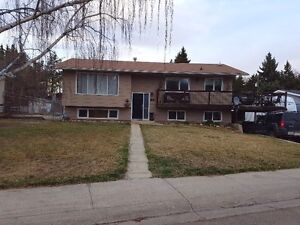 Beautiful Bi-Level In Brooks Alberta FOR RENT OR RENT TO OWN
