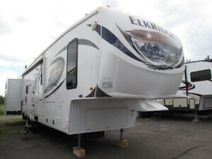 rv fith wheel trailer