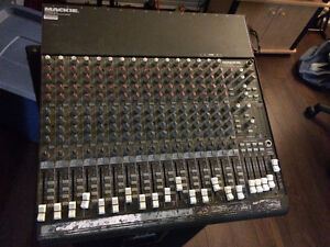 Mackie CR1604-VLZ 16 Channel Mixer for sale!