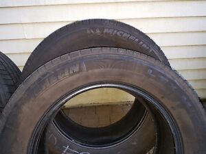 """pneu Michelin ete 20"""""""