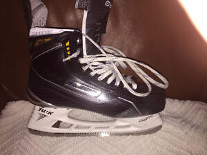 FS: Bauer MX3 Skates 8EE Like New Condition
