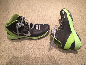 Nike Basketball shoes for sale 10.5