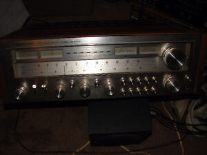 Gorgeous Realistic STA-2100D Super Power Stereo Receiver Walnut Strathcona County Edmonton Area image 1
