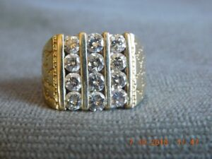 MANS 14KT  YELLOW GOLD 3.1CT.  DIAMOND RING