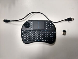 Wireless/Handheld Keyboard With Multi-Touch Touchpad