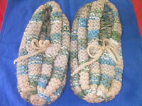 New men knitted slippers