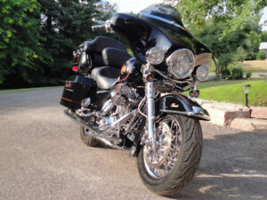 2002 Harley Davidson Electra Glide Classic 103ci 6speed custom.