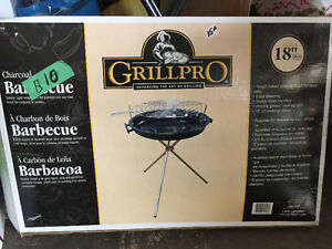"GrillPro 18"" Charcoal Barbecue - Camping"
