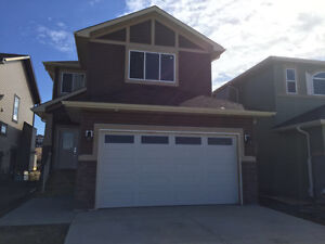 BRAND NEW House For sale in Strathmore!!