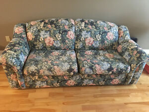 Couch hide-a-bed