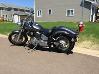 VSTAR 1100 CUSTOM! Only 1700kms! No kidding! New!