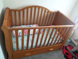 VIB Dax Four Piece Nursery Set