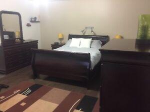 6-Pieces Queen bedroom package - Bed set