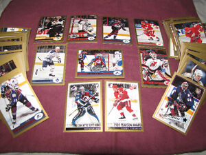1999-00 O-Pee-Chee hockey set, mint