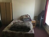 One double bedroom available in Stratford