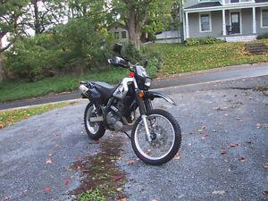 Suzuki DR650 Dual Purpose Very Nice Condition