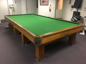 Vintage Pool - Billiard Table