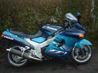 Kawasaki ZZR1100 MOTORCYCLE