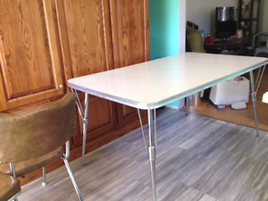 Retro kitchen table set