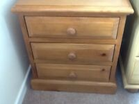 Small chest of drawers (solid pine)