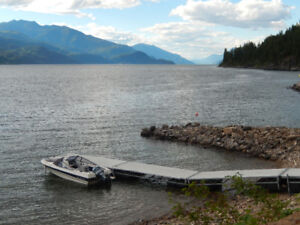 Kootenay Lake Waterfront Log Home