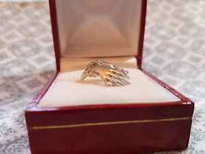 Brand New White Gold Ring Great Christmas Gift
