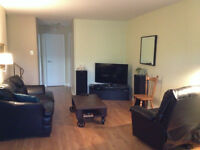Townhouse in Beaconsfield for Rent (August/Sept)- Lease Transfer