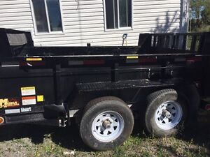 6x10 5000lb double axel trailer 4 months old