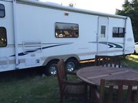 Trail Cruiser 31' Travel trailer 2004