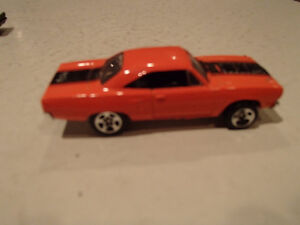 Hot Wheels 1970 Plymouth Road Runner Loose 1:64 scale diecast 3 Sarnia Sarnia Area image 2