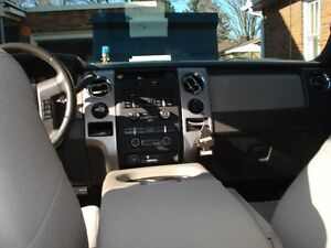 2009 Ford F-150 SuperCrew XLT Pickup Truck London Ontario image 4