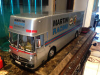 1/18 DIECAST SCHUCO SMercedes Benz Transporter Porsche Martini City of Montréal Greater Montréal Preview