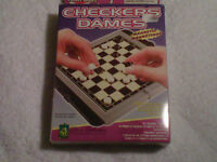 Portabele magnetic Checkers and Pinball Games