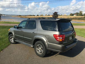 2003 Toyota Sequoia Limited 4x4 LOADED SUV, Crossover