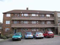 5 bedroom flat in Toland Square, Roehampton, SW1