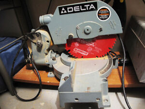 "Delta 10"" Compound Mitre Saw"