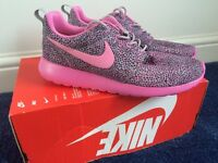 New Nike Trainers size 6