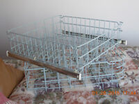 "Top and Bottom dishwasher racks,mint condtn,22""x21""(55.88x53.34c"