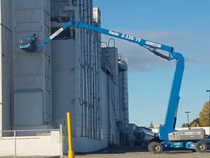135ft ARTICULATED BOOM LIFT $ 1,056/day $3,300/week $9,900/month