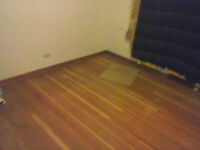FLOORING INSTALLER AVAILABLE
