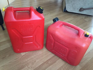 Gas cans   20 to 25L