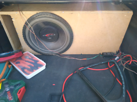 Subwoofer, amplifier