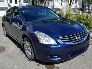 2010 Nissan Altima 2.5 S: Sunroof, Heated Seats, Remote Start